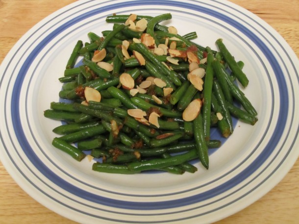Sauteed Garlic-Ginger Green Beans with Roasted Almonds; image by The Opinioness