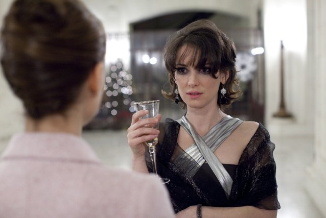 Winona Ryder Black Swan Images. Winona Ryder, captivating in