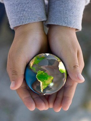 Celebrating Earth Day: 10 Tips for Going Green