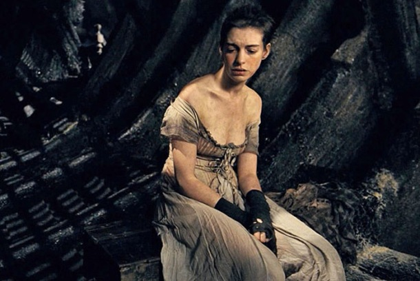 Fantine (Anne Hathaway) in Les Mis